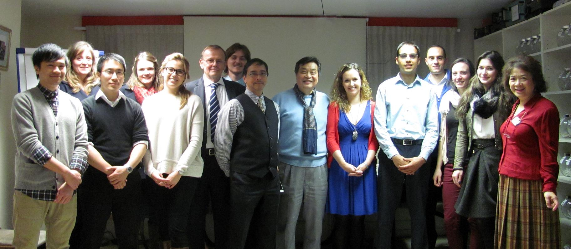 King's College London student presentations on Chinese Medicine and Acupuncture SSC at AcuMedic Centre